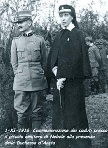 Figura 10. Foto della duchessa d'Aosta a Nebole, nel 1916, per la commemorazione dei caduti (www. cri.it).